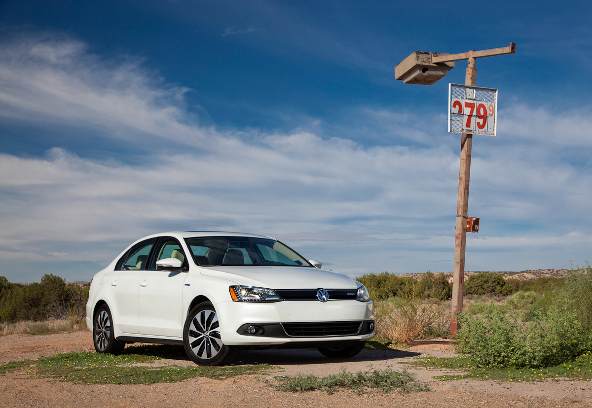 News 2014 Volkswagen Jetta 1 8t Produces 170 Hp And Gets 38 Mpg The Fast Lane Car